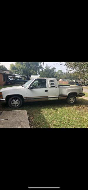 1998 chevy pickup for Sale in Port Allen, LA