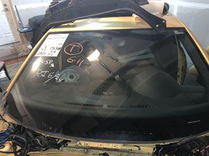 2007 Volkswagen Jetta windshield for Sale in DuPont, WA