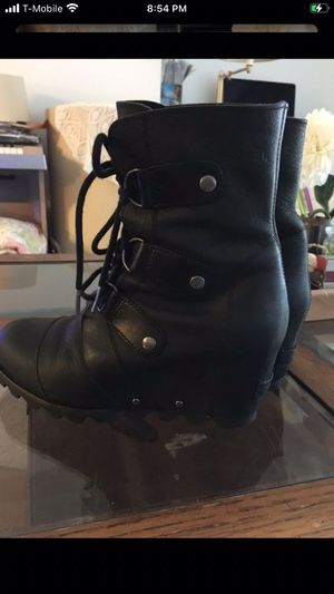 SOREL Joan of Arctic Wedge Boots - Wonderful Boots for Sale in Federal Way, WA