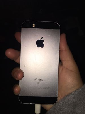 iPhone 5 se for Sale in Pasco, WA