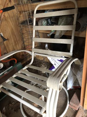 Swivel Lawn Chairs (2) for Sale in North Springfield, VA