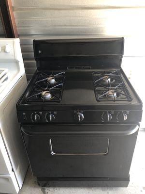 Black GE Stove / Estufa for Sale in Santa Ana, CA
