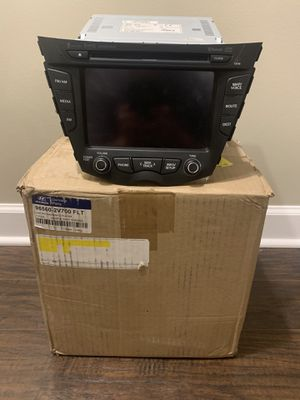 Hyundai Veloster Navigation AVN head unit for Sale in Lake in the Hills, IL