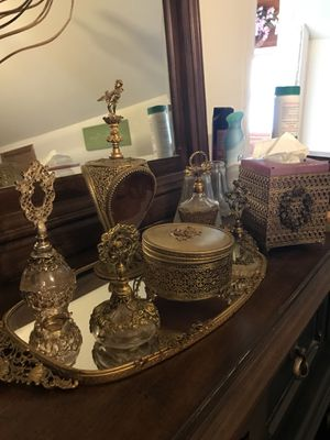 8 pc Antique dresser set $350 for Sale in Slidell, LA