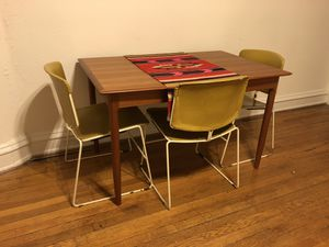 Vintage Chair Set for Sale in Richmond, VA