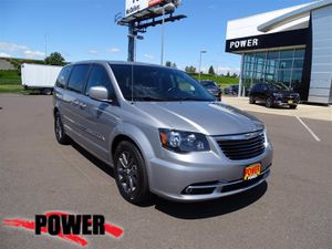 2016 Chrysler Town & Country for Sale in Salem, OR