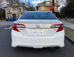 Very Nice 2010 Toyota Camry FWDWheels for Sale in New Haven, CT