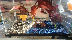 Fish tank with decorations for Sale in Beaverton, OR