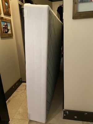 Queen size boxspring for Sale in Norwalk, CA