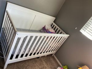 Baby crib for Sale in Costa Mesa, CA
