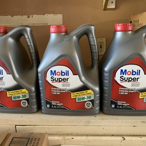 Aceite Mobil Covencional for Sale in Fontana, CA