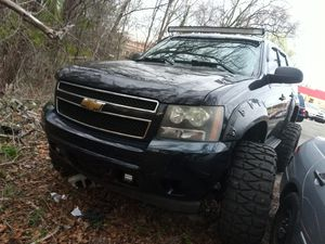 """2009 Chevy Tahoe lifted with 37"""" nittos mud grabbler for Sale in Odenton, MD"""