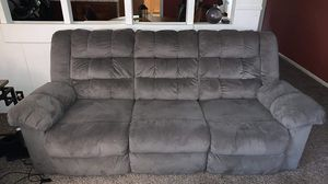 Matching reclining sofa and love seat for Sale in Kent, WA