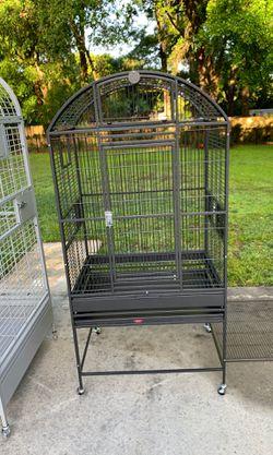 Med bird cage like new for Sale in Hernando,  FL