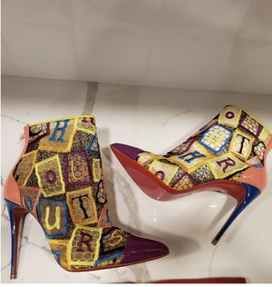 Christian Louboutin Size 8 - fits like a glove for Sale in Dallas, TX