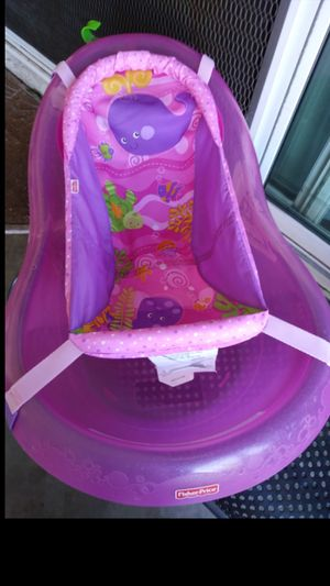 Fisher price baby bath tub for Sale in Montclair, CA