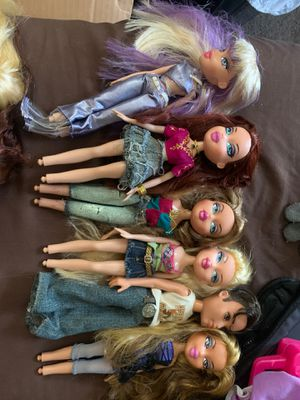 Bratz dolls for Sale in Oxnard, CA