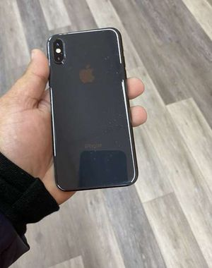 Iphone X 64 GB AT AND T/CRICKET for Sale in Mesquite, TX