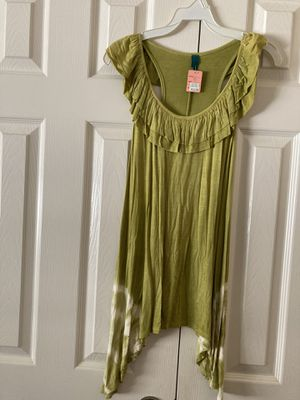 Women's top olive green cream color for Sale in Temecula, CA