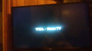 32 inch TCL Roku tv for Sale in Fort Smith, AR