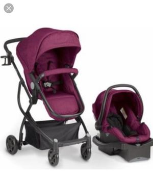 Urbini travel system for Sale in Carbondale, IL