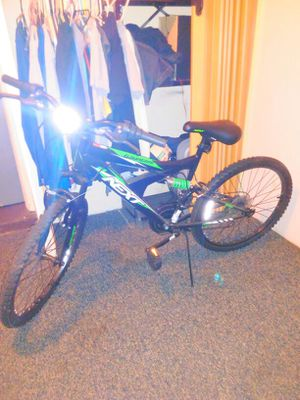 Selling new bike only used once 80 for Sale in Avon Park, FL