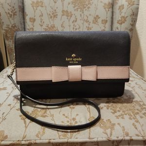Kate Spade Crossbody Bag for Sale in Thousand Oaks, CA