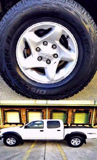 $1,4OO I'm selling urgentl 2OO4 Toyota Tacoma. for Sale in Moreauville, LA