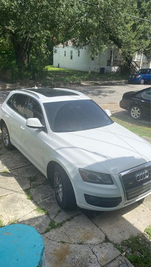 2011 Audi Q5 EVERYTHING REPLACED!!! for Sale in New Orleans, LA