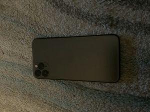 iPhone 11 Pro Max 256gb for Sale in De Graff, OH
