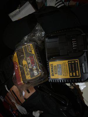Dewalt 9.0 flexvolt battery lithium ion brand new and charger dewalt DCB115 for Sale in Federal Way, WA