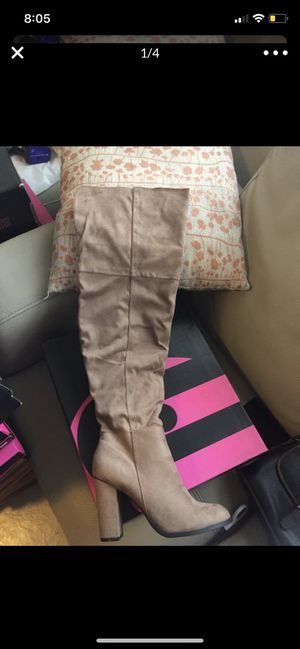 Over the knee boots for Sale in Pomona, CA