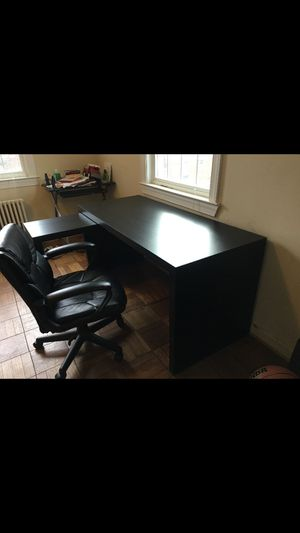 Study/Computer table. for Sale in Arlington, VA