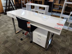 White glossy desk for Sale in Phoenix, AZ