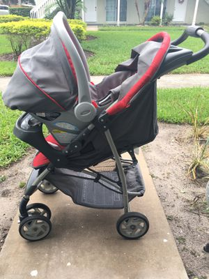 Graco Click Connect Snug Fit Stroller AND Car Seat AND Base for Sale in Orlando, FL