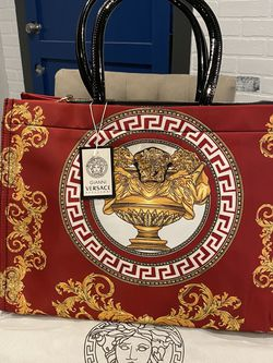 Large Red Purse for Sale in Banning,  CA