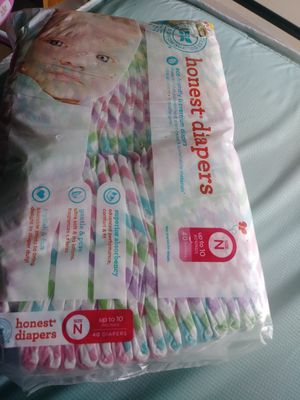 Newborn pampers for Sale in Chicago, IL