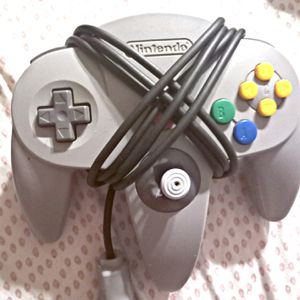 Nintendo 64 remote control for Sale in Buckeye Lake, OH