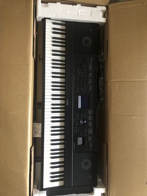 Yamaha DGX-660 with screen issue for Sale in La Vergne, TN