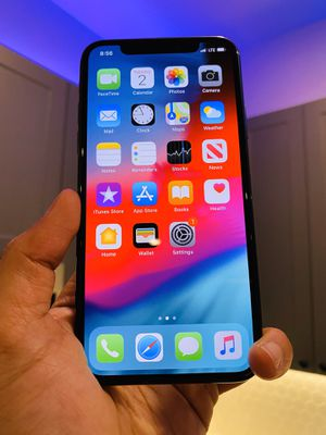 iPhone X 64GB AT&T MetroPCS T-mobile Cricket UNLOCKED ANY CARRIER for Sale in Austin, TX