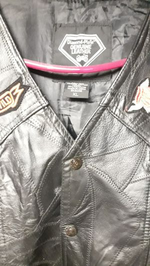 Lady motorcycle jacket extra large for Sale in St. Louis, MO