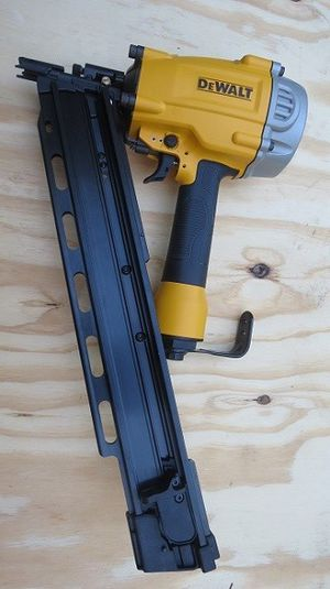 Brand New DeWalt Pneumatic 21 Degree Collated Framing Nailer DWF83PL Air Nail Gun for Sale in Bakersfield, CA