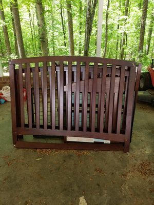 Crib and Changing Table for Sale in Lexington, NC