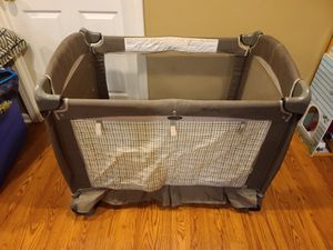 Graco Baby Pack and Play for Sale in Aurora, IL
