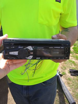 Dual brand car radio for Sale in Cumberland, VA