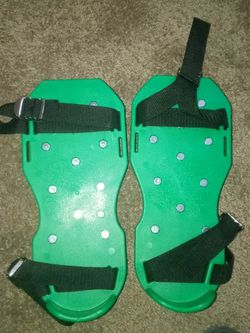 Grass Aerators for Sale in Woodway,  TX
