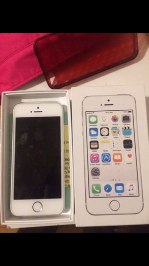 iPhone 5 t mobile for Sale in Chicago, IL
