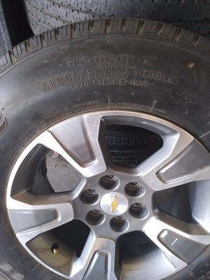 Rims and tires. 245/75/R17 for Sale in Wichita, KS