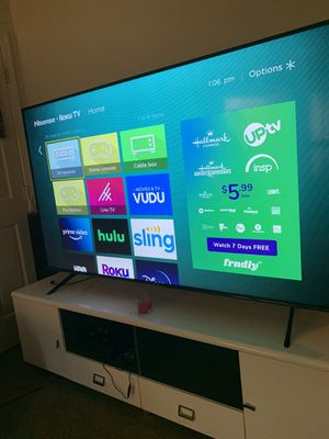 75 flat screen hisense for Sale in Baltimore, MD