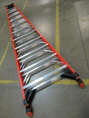 12 ft fiberglass ladder for Sale in Seattle, WA